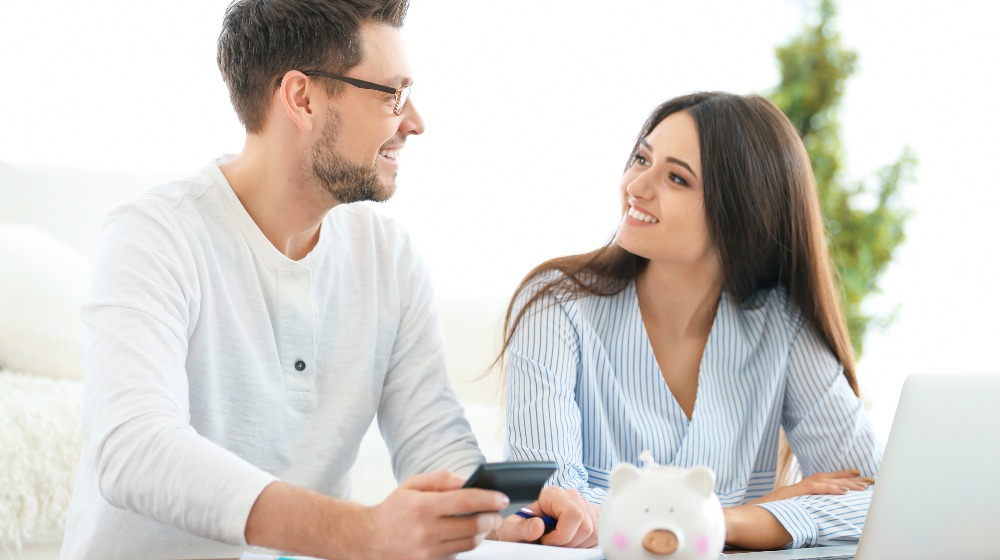 Young Couple Thinking over Pension Plan   Pension vs 401k   Featured